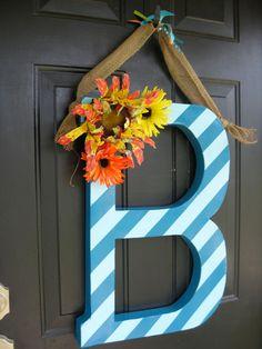 Cute door-hanger idea!  :)
