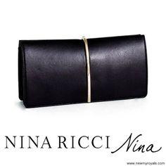 NINA RICCI Arc Clutch