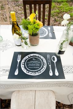 wedding placemats - LOVE these!