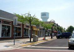 Stone Harbor, NJ    $hopping!! My favorite street in the world!!