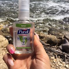 I'm loving my free #purrellnaturals from the one and only @influenster. Plant based and smells delicious! Alcohol free for the win 💙☀️