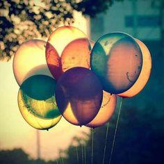 Balloon wallpaper background
