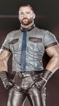 Gay Belgique cuir