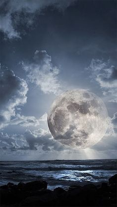 Moon Glow -  AWESOME !  Looks like a painting….amazing.