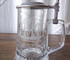 Vintage Glass Beer Stein Old Spice Ship Grand Turk Pewter Lid Corner Bar, Glass Beer Mugs, Citrus Juicer, Vaseline Glass, Old Spice, Beer Stein, Serving Utensils, Glazes For Pottery, Pewter