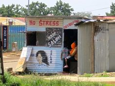 One day in Johannesburg, South Africa homegrown business in Soweto Pretty Pictures, Cool Photos, Zimbabwe, Free Hair, Africa Travel, One Day, Stress Free, South Africa, Exotic