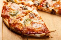I'm a fan of the gourmet pizza. It's really incredibly delicious and makes all other pizza taste weird. Just looking at this is making me hungry.
