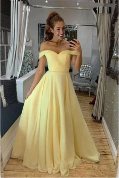 Buy A Line Off the Shoulder Sweetheart Yellow Prom Dresses, Long Formal Dresses online.Shop short long ombre prom, homecoming, bridesmaid evening dresses at Couture Candy Cocktail party dresses, formal ball gowns in ombre colors. Yellow Evening Dresses, A Line Evening Dress, Yellow Formal Dress, Cute Yellow Dresses, Prom Party Dresses, Dance Dresses, Formal Dresses, Elegant Dresses, Prom Gowns