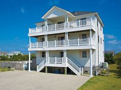 Knights in Salvo, 7 bedroom Sound Side home in Salvo, OBX, NC