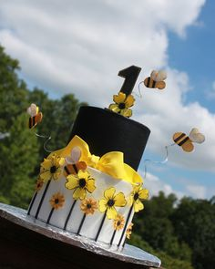 Stylish Bee Cake I made this cake for my grand-daughters 1st birthday. LOVE how it all turned out!