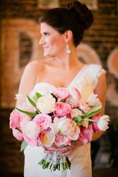 Tulips and peonies: http://www.stylemepretty.com/2014/05/16/texas-winter-glam-wedding/ | Photography: Jennefer Wilson - http://jenneferwilsonphotography.com/