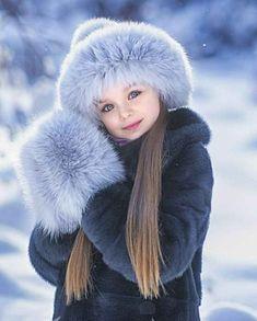Anastasia Knyazeva - 5 years ❤ Gorgeous little girl Jun Beautiful Little Girls, Cute Little Baby, Beautiful Children, Beautiful Babies, Cute Girls, Cute Babies, Kids Girls, Fashion Kids, Little Girl Fashion