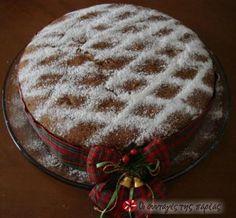Vasilopita - Traditional Greek cake that is cut at midnight New Year's eve. Greek Sweets, Greek Desserts, Greek Recipes, Xmas Food, Christmas Sweets, Christmas Cooking, Greek Cake, New Year's Cake, Kitchens