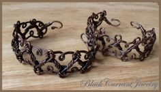 The new design I invented fixing some older bracelets I made a year ago. Oxidized copper wire