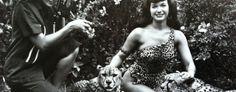 Bunny Yeager eternizou o estilo da mais famosa pinup, Bettie Page. A fotógrafa e modelo morreu nos Estados Unidos esta semana - leia mais no Bitsmag - http://bitsmag.com.br/cultura/bunny-yeager.html