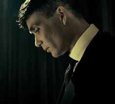 Welcome back Tommy Shelby! First look from Series 3.And welcome to Peaky Blinders' official instagram, follow here. (And follow ohfuckyeahcillianmurphy and fuckyeahpeakyblinders on instagram here.)