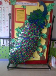 Diy paper decorations for wall bulletin boards ideas Board Decoration, Class Decoration, School Decorations, Paper Decorations, Paper Tree, All Paper, Preschool Crafts, Crafts For Kids, Janmashtami Decoration