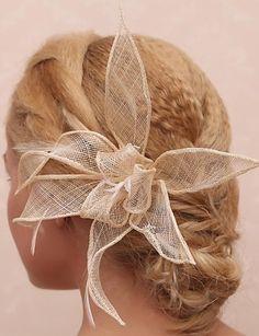 Superbe dentelle et plume nuptiale Fleur casque - EUR € 14.99