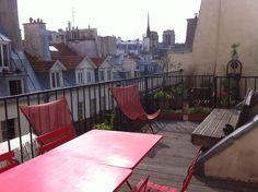 Quels sont les risques à éviter lorsqu'on recherche un appartement avec un espace extérieur à Paris ? Les points à vérifier pour une terrasse sont sa jouissance paisible et les possibilités d'aménagements autorisés. Appartonaute recommande que la jouissance de la terrasse soit entérinée par un http://www.appartonaute.com/quels-sont-les-elements-a-verifier-quand-on-recherche-un-appartement-avec-une-terrasse-a-paris/ - #Chasseur_D'Appartement, #Paris, #Immobilie