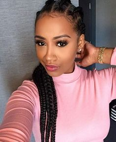 STYLIST FEATURE| These #cornrows on @soooraven styled by #columbusohio stylist @stylesbyrayb are so pretty She looks GORG #voiceofhair ✂️========================== Go to VoiceOfHair.com ========================= Find hairstyles and hair tips! =========================