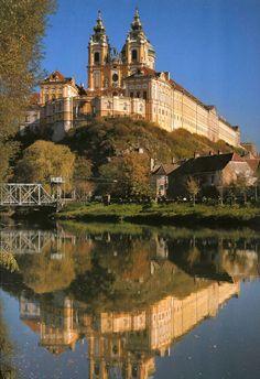 Vienna, Austria to Budapest, Hungary - Gliding down the Danube (Gothic Domkirche St. Stephan, Stephen's Basilica, Prater Ferris Wheel, Buda Palace, Komaron, Esztergom, hydrofoil, Danube Bend)