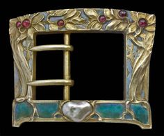 ❤︎ french art nouveau buckle - gilded silver with enamel, garnet, & pearl - ca 1900 Art Nouveau Ring, Art Nouveau Jewelry, Jewelry Art, Royal Jewelry, Charm Jewelry, Fine Jewelry, Antique Art, Antique Jewelry, Vintage Jewelry