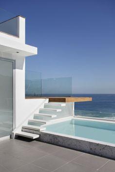 Triplex Viviane / Intown Arquitetura #outdoor #pool