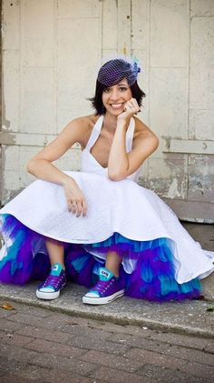 Peek a boo blue wedding dress...hmm Doctor Who wedding?...if claire was your MOH...it might be a Dr. Who wedding!