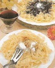 Svet receptov: Rezance s makom a orechmi