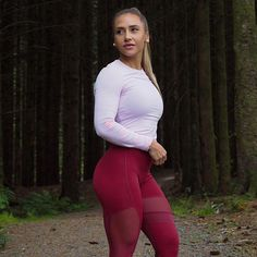 suzannesvanevik yoga pants leggings fit gym