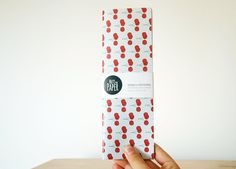 Small Soft Cover Bilingual Weekly Desk Planner por NutsforPaper