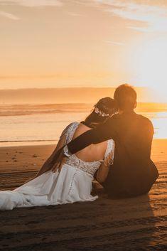Weeding, Wedding Pictures, Groom, Couples, Wedding Dresses, Beach, Photography, Women, Young Wedding