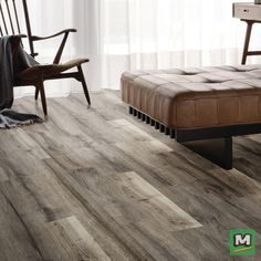 Defined By Its Distinctive Graining Hydracore Innova Luxe Vinyl Planks Deliver Rich Color And