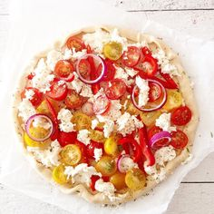 My go-to pizza when Im uber busy & have some guests who dont mind being served some delicious pizza!  Ready in less than half an hour, mega healthy & uber-easy!  #healthyisfunky  #foodparty !!! Ingredients  1 pizza bottom 10 red cherry tomatoes 10 yellow cherry tomatoes Garlic oil Rosemary dry or fresh Italian dry spices Seasalt  Fresh pepper 10 little (vegan) mozza balls or other (vegan) cheese  Step 1  Coat the pizza bottoms with the garlic oil & italian dry spices.  Cut cherry toma...