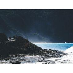 Great Ocean Road VIC . . .  #greatoceanroad #victoria #passionpassport #australia #roadtrip #35mm #seeaustralia #exploremore #exploretocreate #createexploretakeover #discoverearth #ocean #coastal #adventure #stayandwonder #travelstoke #nature #explorevictoria #liveoutdoors #createexplore #landscape #photography #olympus #olympusomd #olympusinspired #vsco #vscocam by maegan_kb