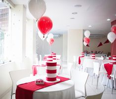 Cat in the Hat - Paper Hat Centerpieces