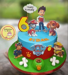 Paw Patrol Cake these days lot of ppl asking for non fondant so did this one in butter cream Torta Paw Patrol, Paw Patrol Cupcakes, Paw Patrol Birthday Cake, Bolo Artificial, Paw Patrol Party Decorations, Dora Cake, Torta Baby Shower, Cakes For Boys, Cake Creations