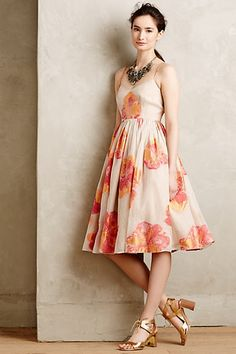My favorite dress of the summer! Blazing Hibiscus Dress #anthropologie #prettyfunnyblog #weddingguest #dress #summerdress