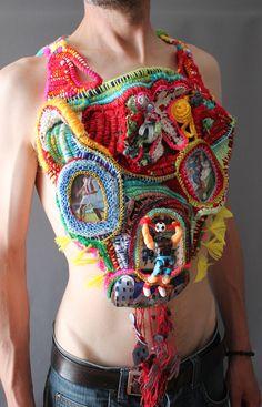 "Mona Luison, ""Come!Get some! Textile Jewelry, Fabric Jewelry, Jewelry Art, Art Au Crochet, Freeform Crochet, Fashion Week, Fashion Art, Fashion Design, Sculpture Textile"