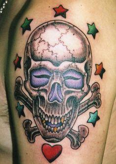 肩,スカルタトゥー/刺青デザイン画像
