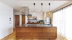 造作家具にこだわったお店のような平屋のお家 I様邸 | 【公式】チェックハウス Gifu, Kitchen Island, House Plans, Divider, Room, Furniture, Home Decor, Instagram, Cooking
