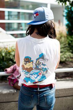 Street Style, Toronto Blue Jays: See 23 stylish shots of our favourite fans Beauty Magazine, High Fashion, Street Fashion, Toronto Blue Jays, Street Outfit, Toronto Street, Most Beautiful, Women Wear, Street Style