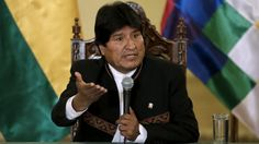 """Presidente de Bolivia afirma que ataques y amenzas de EE.UU son por petróleo Presidente asevera """"Agresión militar a Siria y amenazas a Venezuela es solo por petróleo, con pretexto de existencia de armas químicas y riesgo en la democracia""""  http://wp.me/p6HjOv-3D9 ConstruyenPais.com"""
