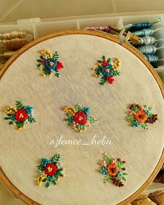 French Knot Embroidery, Embroidery Neck Designs, Hand Embroidery Videos, Embroidery On Clothes, Hand Work Embroidery, Embroidery Flowers Pattern, Embroidery Motifs, Creative Embroidery, Simple Embroidery