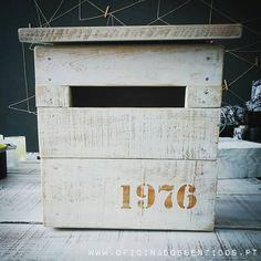 ❤ Pedido Especial ❤ Caixa de correio rústica, o que acharam? #mailbox #correio #decor #rustico #rustic #wedding #pallet #caixadevinho