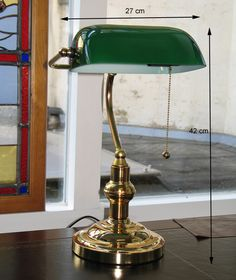 Bankierslamp messing groene kap bij Typical English Decorations