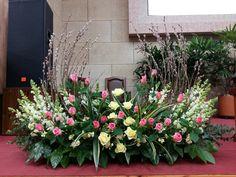Funeral Floral Arrangements, Tropical Floral Arrangements, Creative Flower Arrangements, Flower Arrangement Designs, Church Flower Arrangements, Beautiful Flower Arrangements, Beautiful Flowers, Casket Flowers, Altar Flowers
