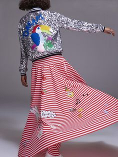 See the complete Mira Mikati Spring 2017 Ready-to-Wear collection.