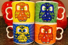 Old school owl mugs! Kitschy Living