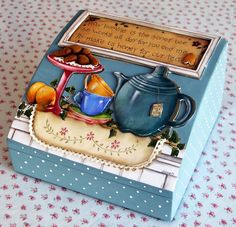 favorite home to visit: HaftaSonu Objeleri Decoupage Vintage, Decoupage Paper, Decoupage Ideas, Painted Boxes, Wooden Boxes, Ceramic Painting, Painting On Wood, Paper Tea Cups, Altered Cigar Boxes